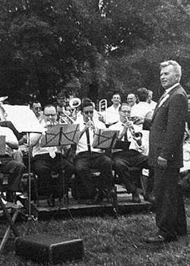 Vaclav Klimek with band